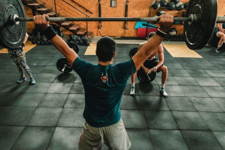 Crossfit e problema nos ombros